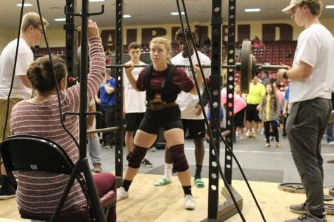 Powerlifting Heads to State