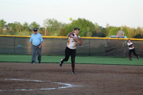 District Champs Head to Softball Playoffs