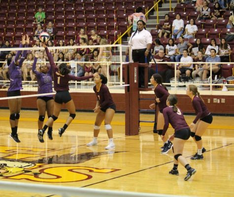 Lady Eagles Volleyball to Face Lady Rockets