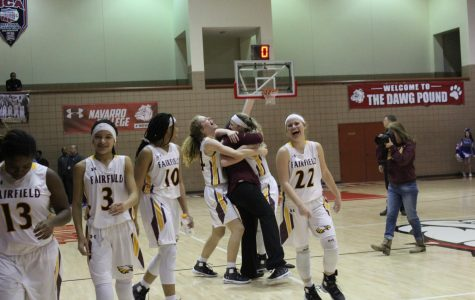 LADY EAGLES ADVANCE TO REGIONALS