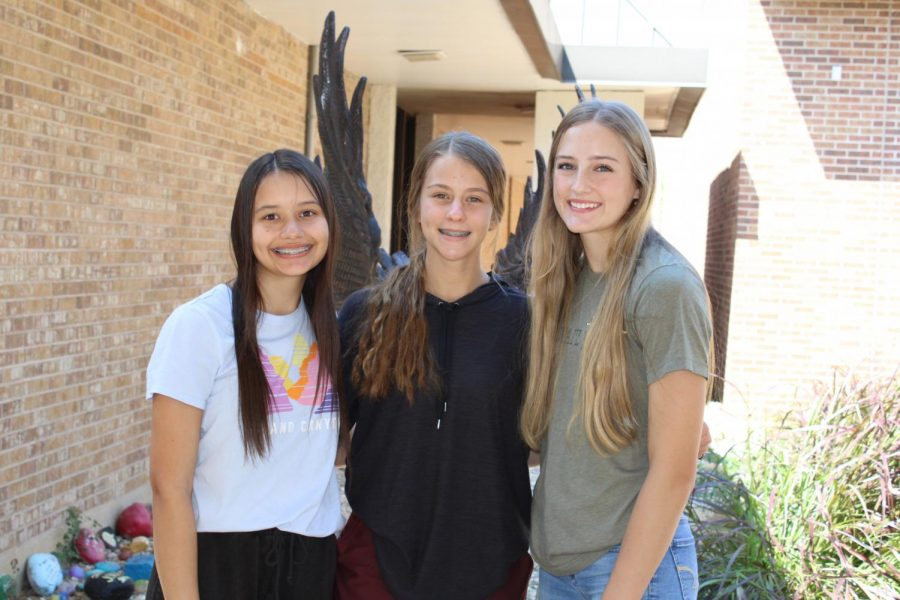 IMG_5170+sophomore+student+council+reps+Linsay%2C+Addie%2C+Avery